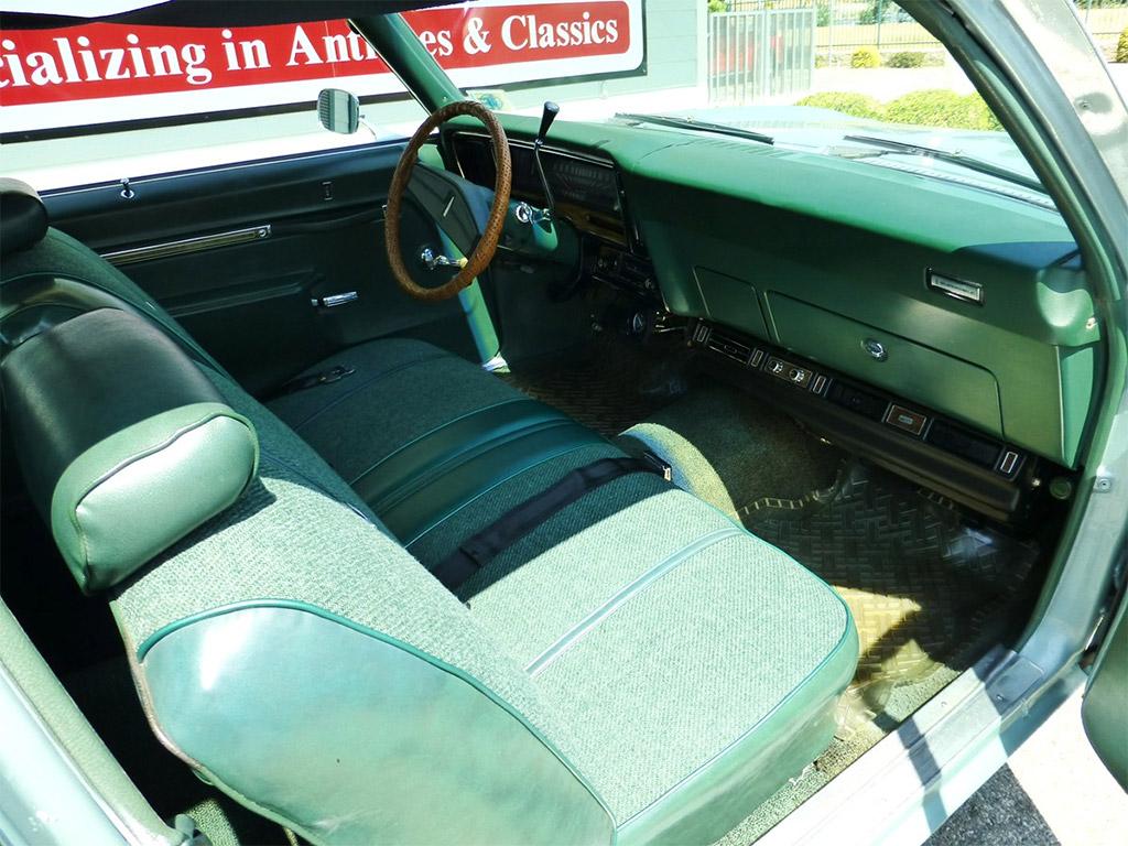 oldsmobile omega 1978 interieur