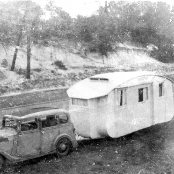 standard met onbekende caravan