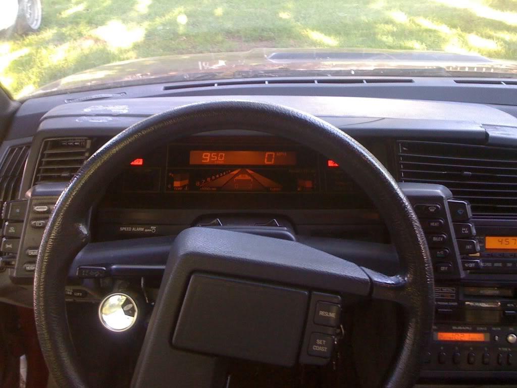 Subaru XT digitaal dashboard