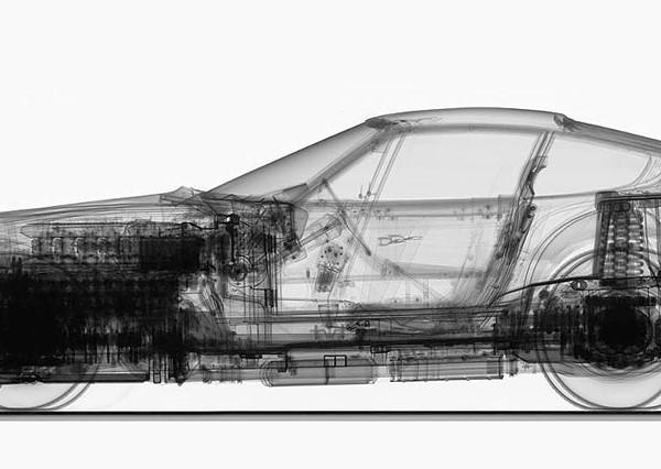 Ferrari 365 GTB/4 röntgenfoto