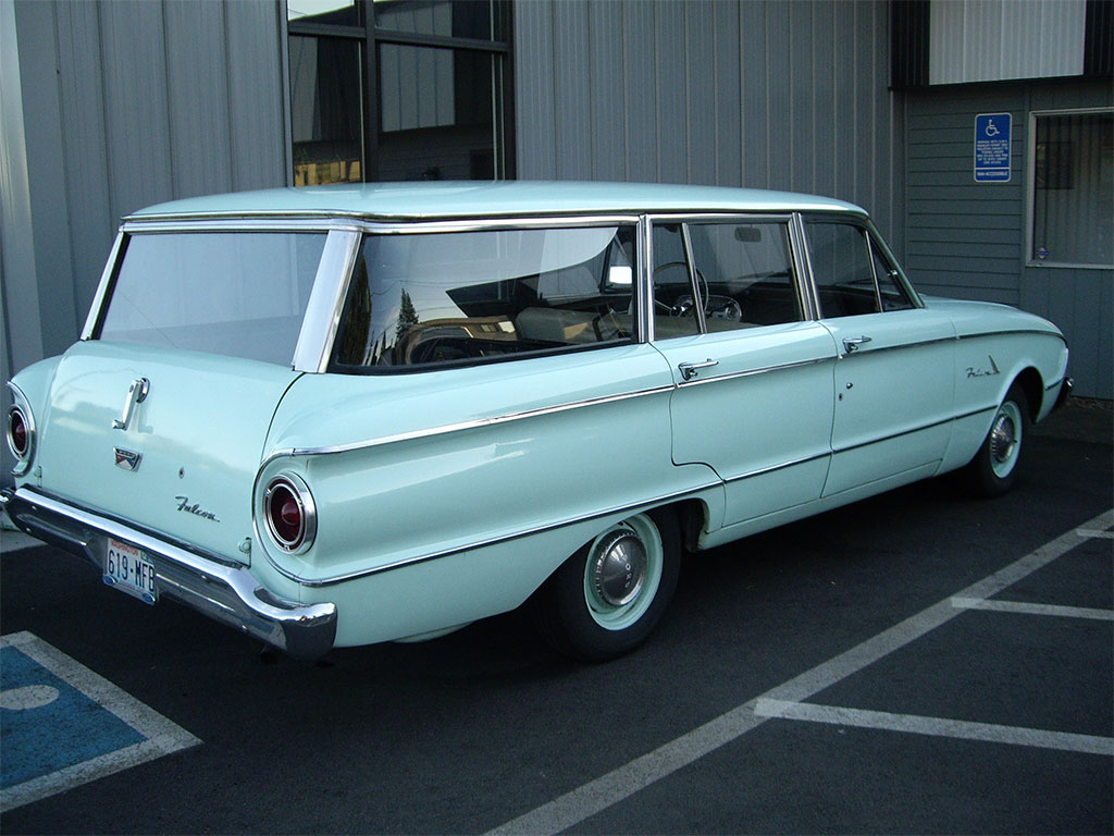 Ford Falcon wagon 1961