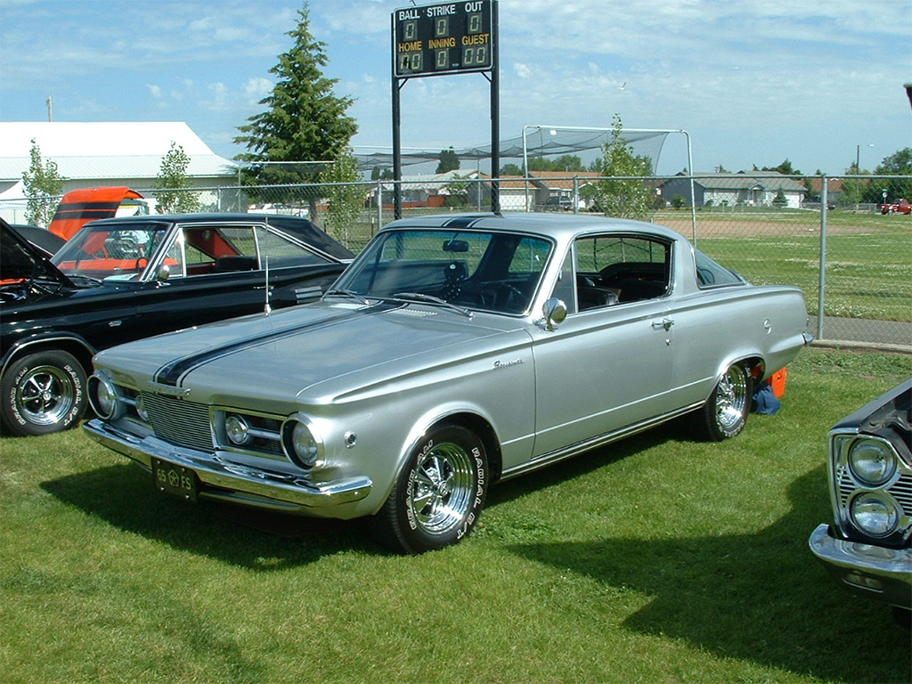 Plymouth barracuda formula S 1965