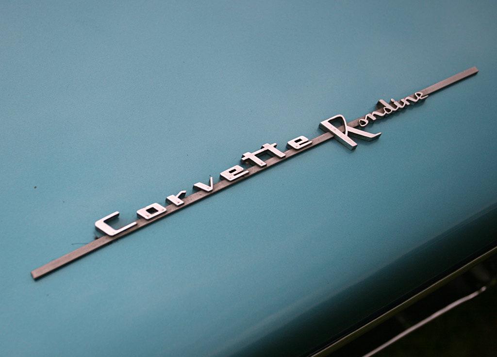 Chevrolet Corvette Rondine embleem