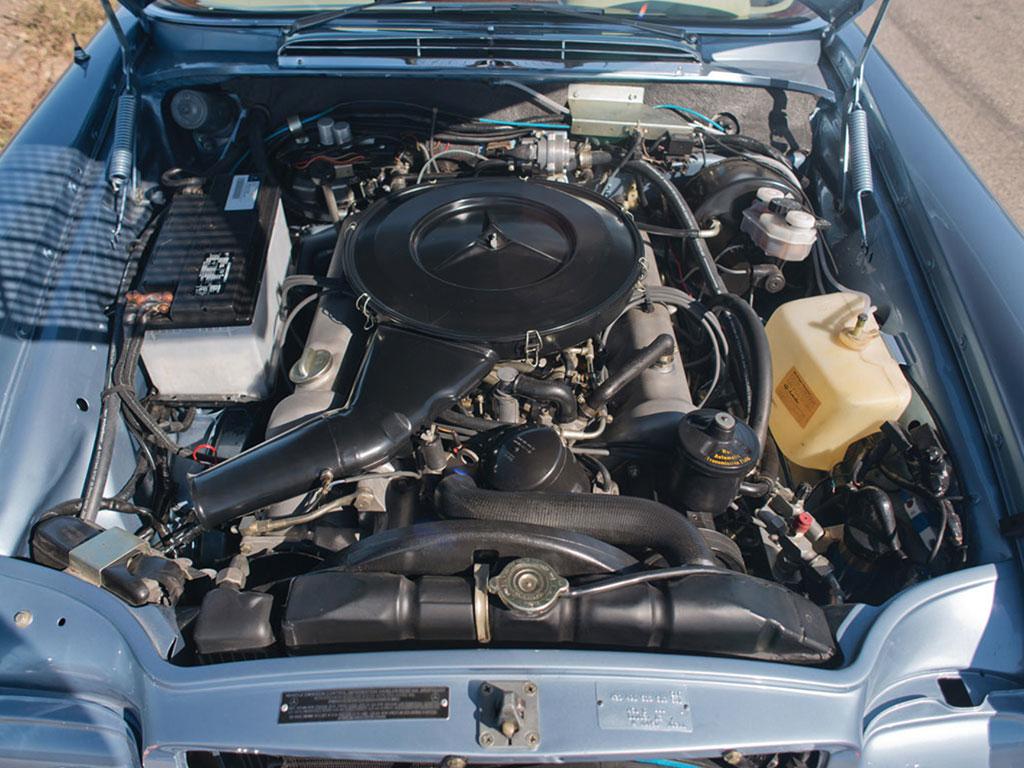 mercede benz 280SE 1971 v8 motor