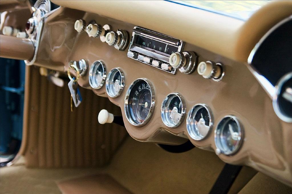 corvette bubble top dashboard