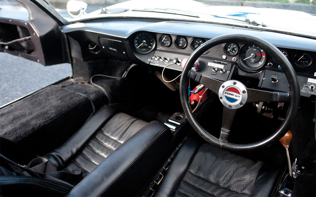 ford gt40 interieur