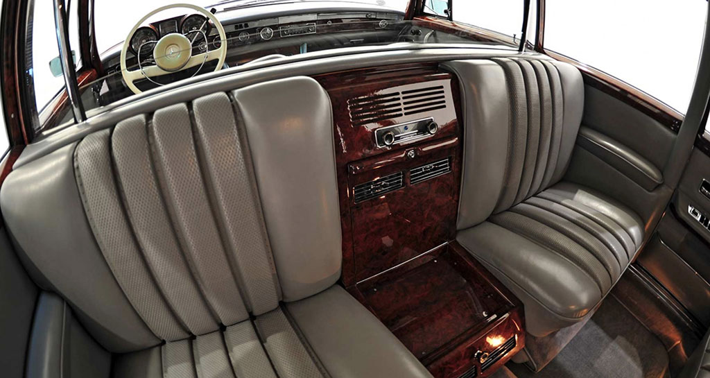 Mercedes-Benz 600 Pullman W100 interieur