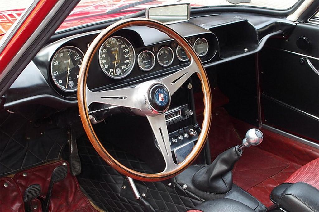 OSCA Maserati 1600 GT Fissore 1964 interieur