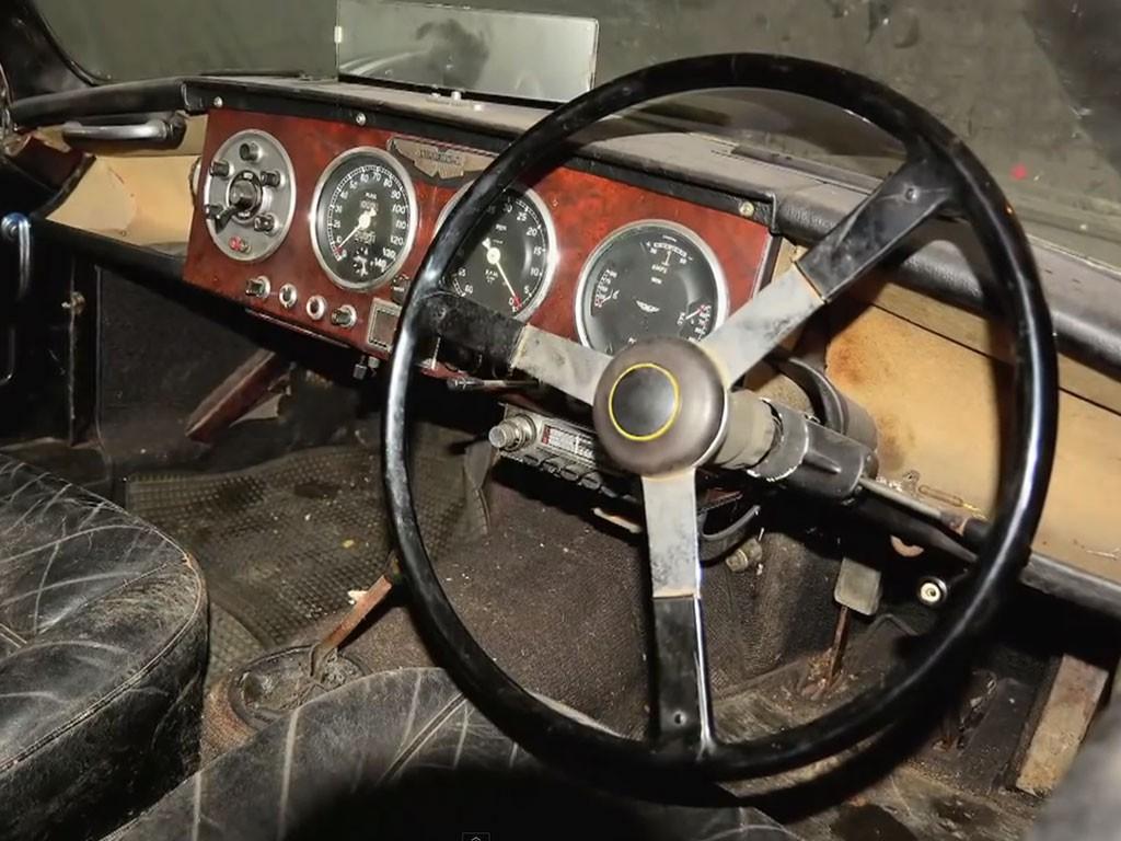 aston martin DB 24 1955