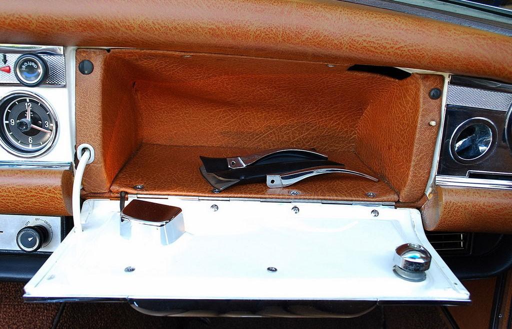 handschoenenvakje mercedes 280SL 1969