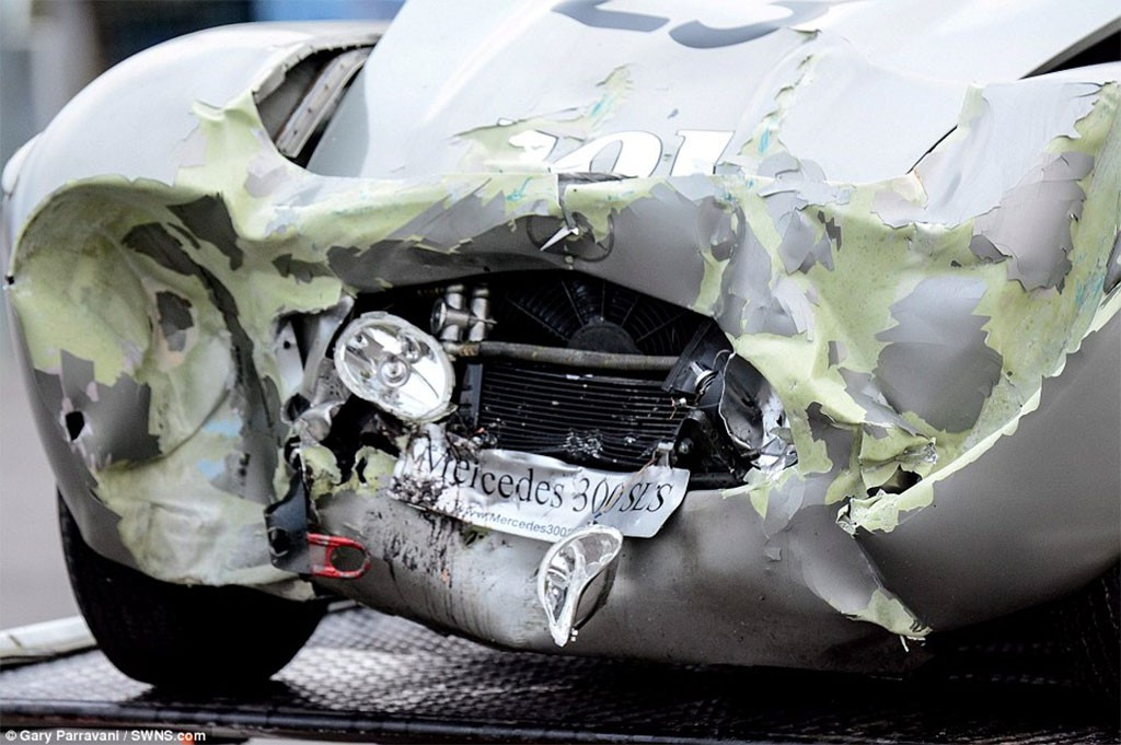 crash mercedes 300 SLS porter special