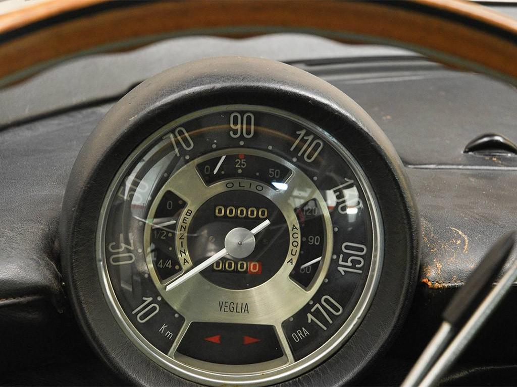 pininfarina model X klokken