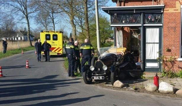 bugatti type 23 ongeluk wirdum