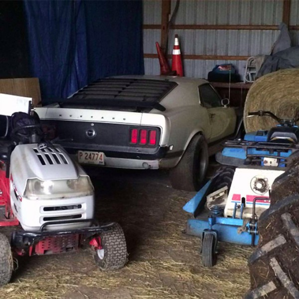 ford mustang boss 302 barnfind in schuur