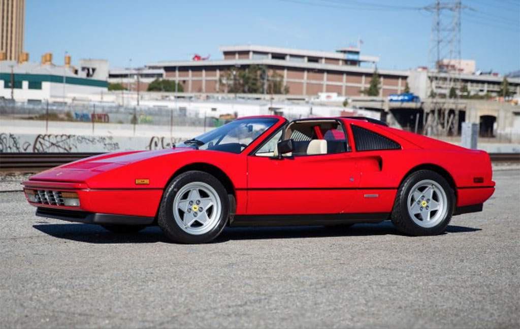 Ferrari 328 GTS uit 1988
