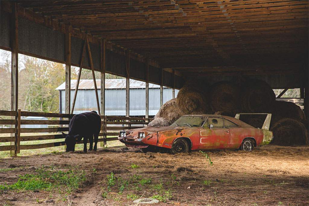 1969 dodge charger daytona barnfind