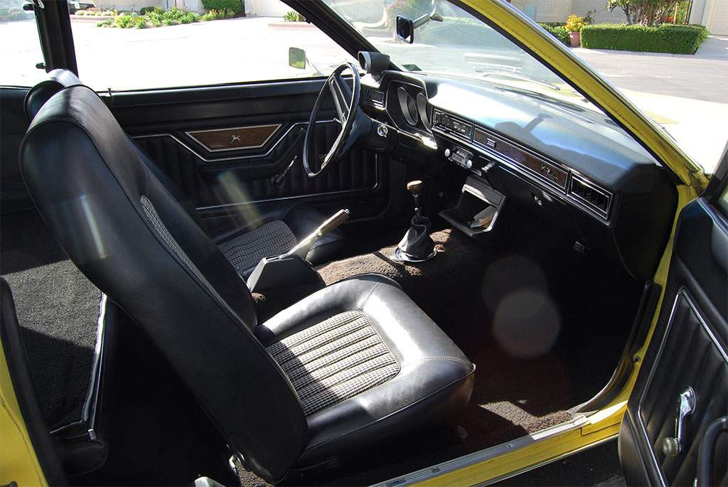 ford pinto interieur