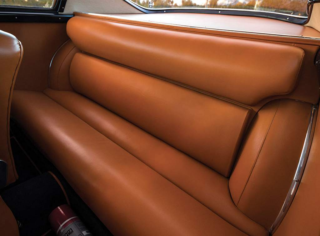 1955-alfa-romeo-1900c-ss-berlinetta-by-zagato_backseat