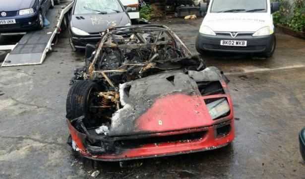 f40 volledig uitgebrand na restauratie