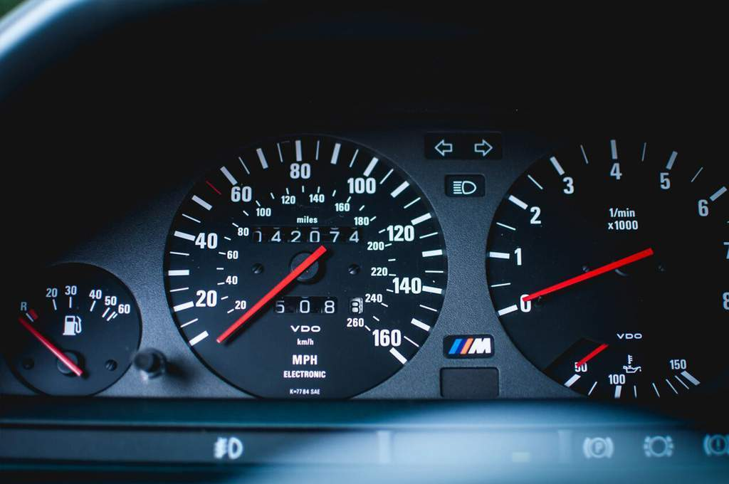 bmw_sport_evolution_dashboard