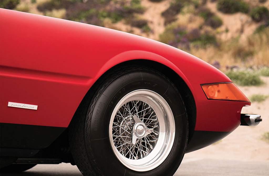 Ferrari 365 GTS / 4 Daytona Spider Boranni wielen