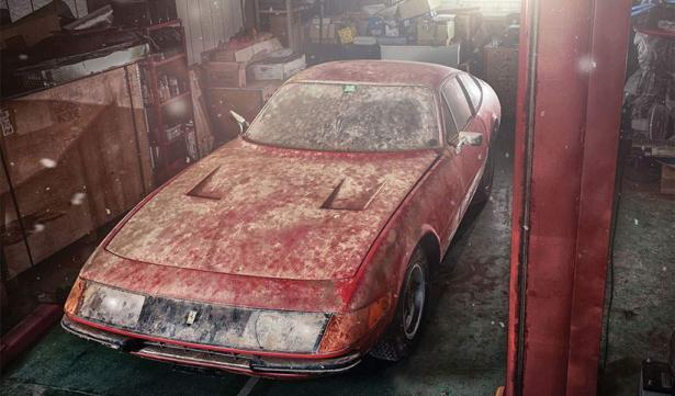 Ferrari 365 GTB daytona alloy barn find