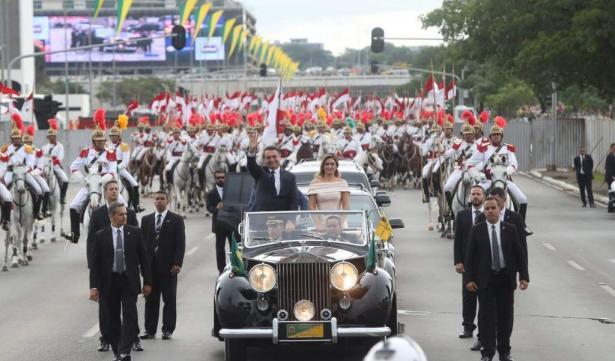 president bolsonaro brazilie rolls-royce silver wraith